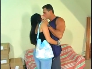 Kissing Latina
