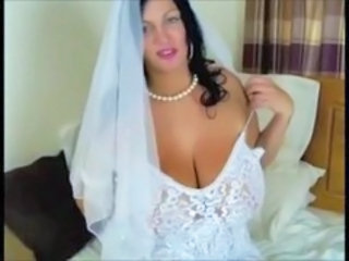 Big Tits Bride  Natural