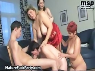 Big Tits Blowjob Groupsex Mature Mom Natural Old and Young