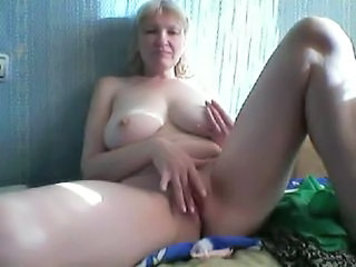 Masturbating Mature Orgasm