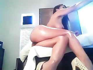Amazing Asian Legs  Oiled Webcam