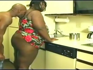 Amateur Ass  Ebony Kitchen Wife