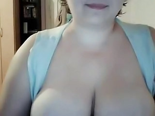 Big Tits Mature Webcam