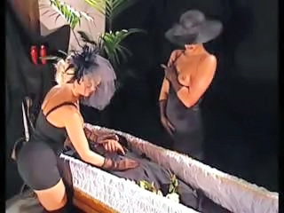 European Italian  Stripper Vintage Wife