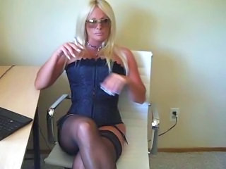 Perfect Greedy Blonde Strippe...