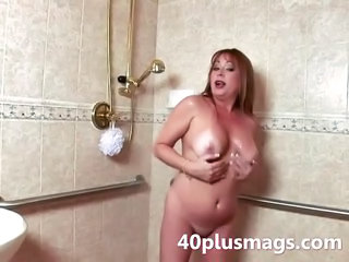 Bathroom Chubby Mature Showers