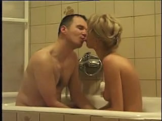 Amateur Bathroom Homemade Kissing Wife