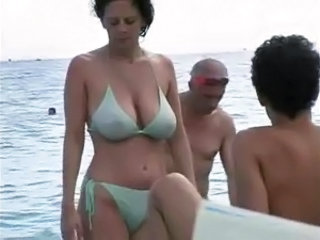 Beach Big Tits Bikini  Natural Outdoor Public Voyeur