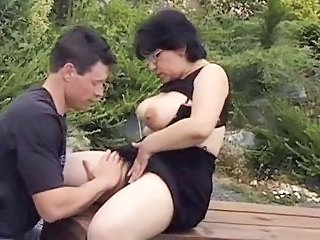 Big Tits Glasses Mature Mom Natural Old and Young Outdoor