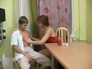 Amateur Kitchen  Mom Old and Young Russian