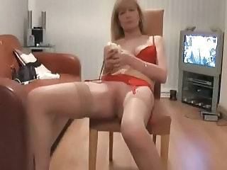 Masturbating Mature Solo Webcam