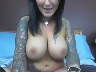 Big Tits Goth  Natural Tattoo Webcam