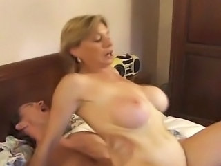 Big Tits Hardcore Mature Mom Old and Young Riding