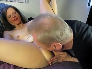 Amateur Cuckold Licking Mature Older Wife