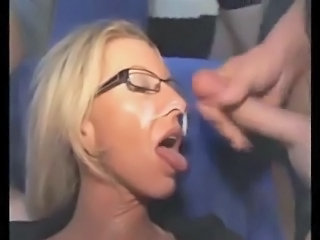 Amateur Cumshot Facial Gangbang Glasses Mature Swallow