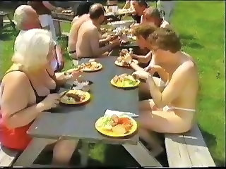 Amateur Mature Older Outdoor Party Swingers