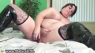 Hairy Latex Masturbating Mature