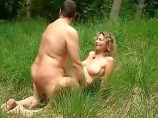 Outdoor amateur have big sex on the grass