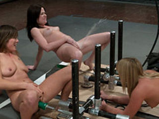 Squirting tournament with machines