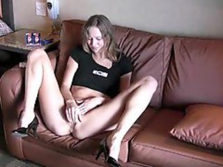 Blonde Fingering Squirt