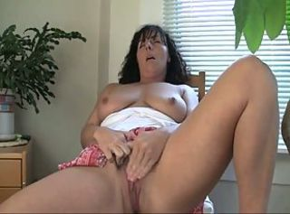 2 Hot & Horny Masturbating MILFS