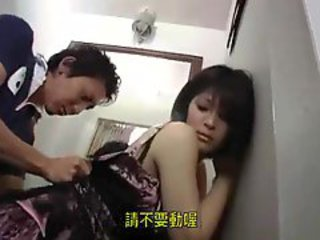 japanese girl in dressroom 12-2