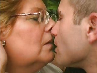 Chubby Granny Kissing