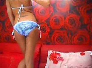 Hot webcam girl does asexy 10 minute livewebcam show
