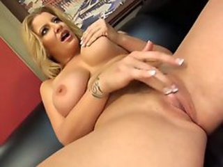 Hot MILF Robbye Bentley and her gorgeous girlfriend share a hard cock shaft