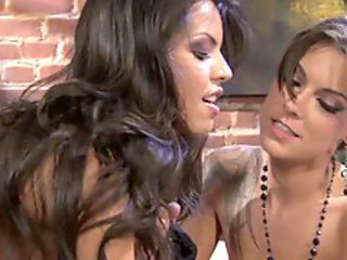 Chayse Evans shows Yurizan Beltran that she can fuck painless amply painless any man