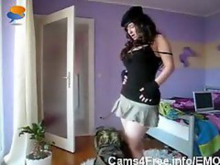 EMO Punk Army Girl Gets Off On Webcam!