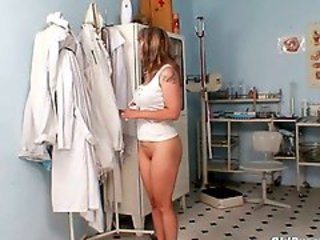 Mature Alena pussy reflector gyno exam at gyno clinic
