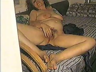 mature slut fucks hard
