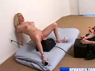 Lexxy Moans and Groans On Sybian