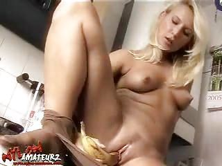 Nylon-Amateurz Gina Blonde clean