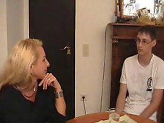 Mature mom tempts teen guy for sex