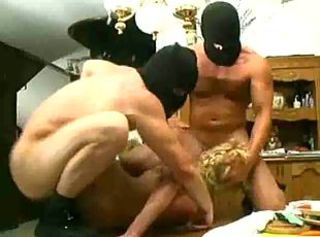 italian gangband mom and daughter assfucked anal troia