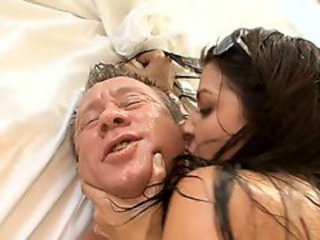 Bubble butted babe Ann Marie takes a cock for a ride