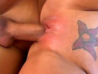 Impossible not to bang shaved cunt of Rachel Starr