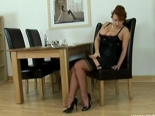 Red Head Fucks Herself With Her High Heels</a>