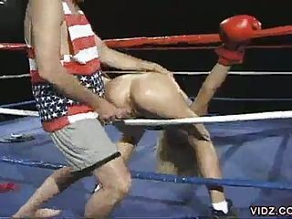 Scorching hot sex far the boxing arena