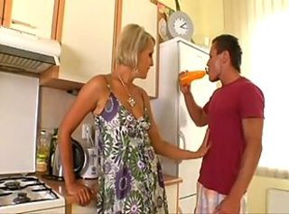 Short-Haired Blond MILF Eats Muscle Guy& 039;s Asshole