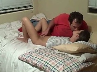 Amateur Bedroom Daddy Daughter Homemade Kissing Old and Young