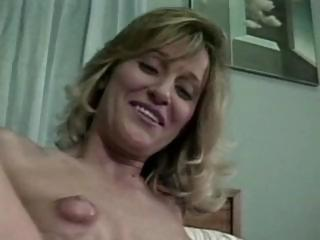 I Love Your Mommys Puffy Nipples )dwh(