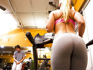 Bubble ass Milf fucks and drinks cum in the gym