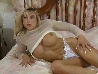 Bodybuilding Mature Women big clit tits anal muscle girl