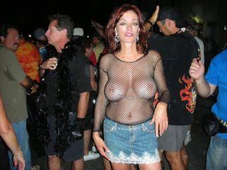 Amateur Big Tits Fishnet Jeans Public