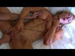 Bodybuilders Lisa and Wanda Lesbian Love Final Fixing