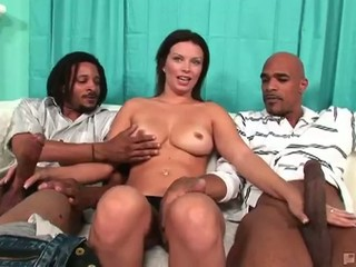 Hot bailey brooks sucks dick...