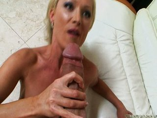 MILF wants big meat and gets it